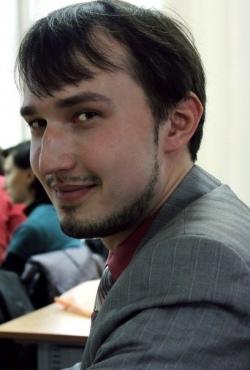 Шаропов Біжан